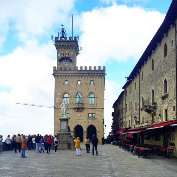 San Marino 8