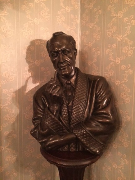 Sherlock Holmes Museum 28- London