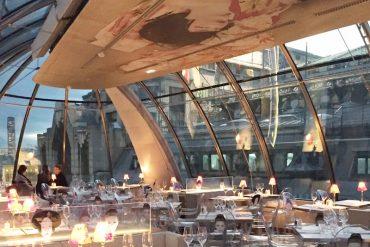 Kong: um restaurante com vista espetacular para o rio Sena