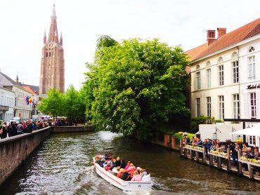 tour de barco- o que fazer em Bruges