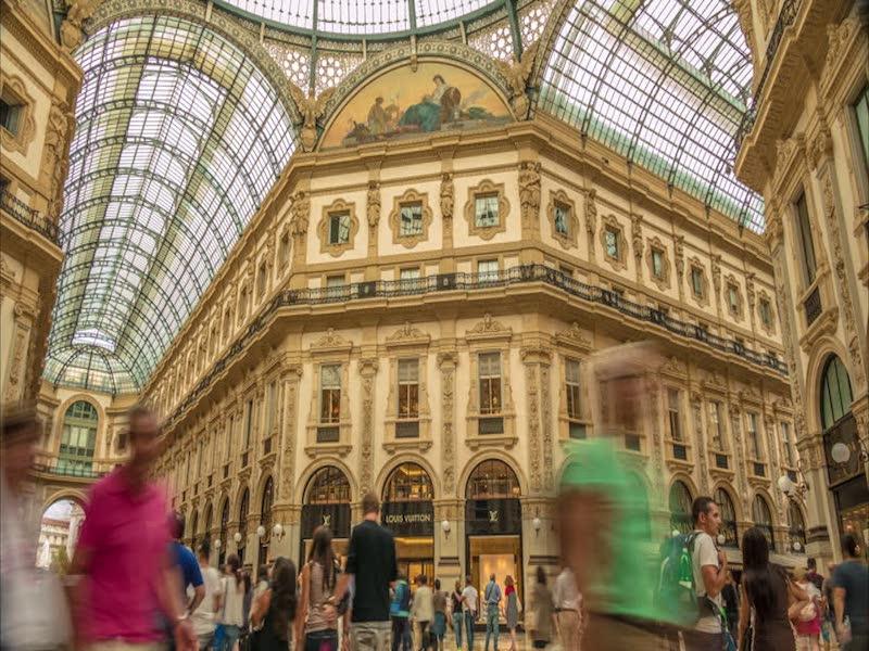 Galleria Vittorio Emanuele- moda em Milão