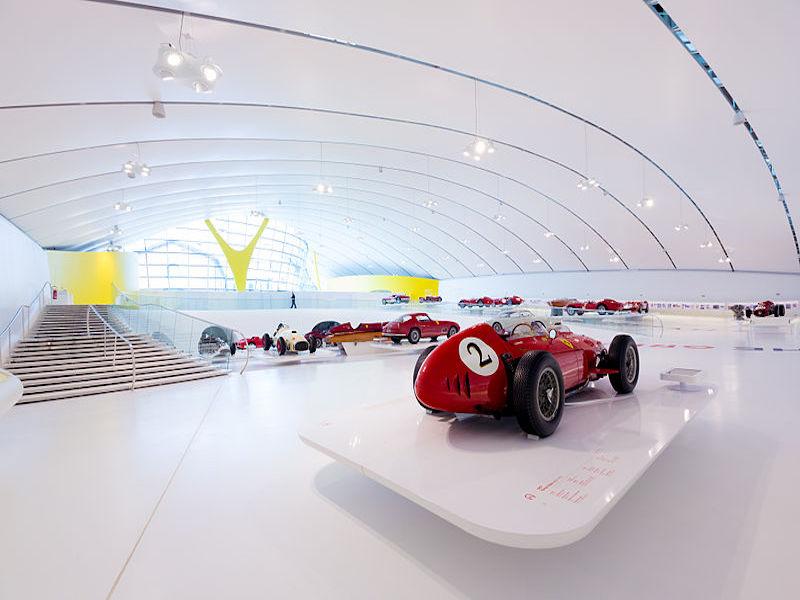 Museu da Ferrari- museus de marcas de carros.
