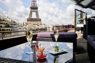 6 restaurantes em Paris com vista para a Torre Eiffel