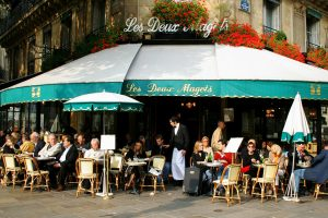 café- primavera em paris
